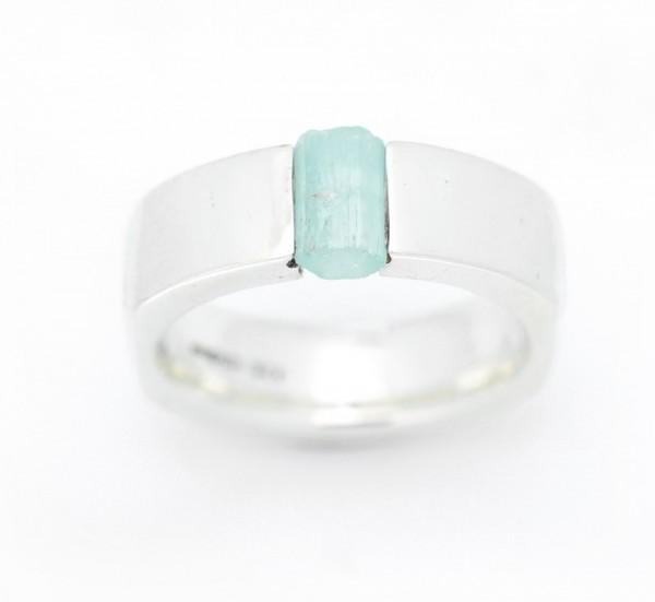 Aquamarinkristall Ring